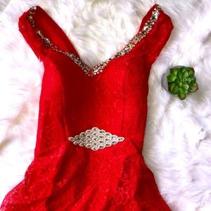 Dresses & Skirts - Red Lace High Low Maxi Formal Dress New